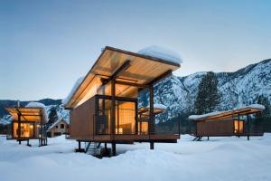 Rolling-Huts-OSKA-Architects_1